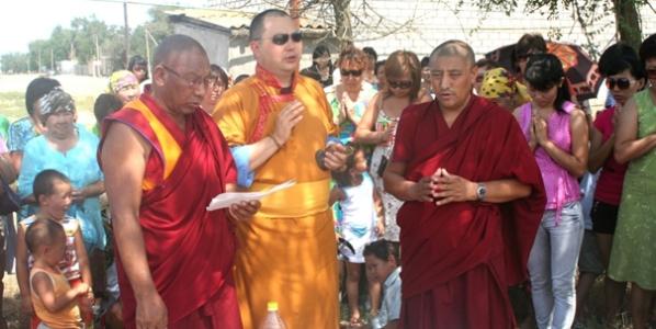 Amerikai élő Buddha Oroszországban