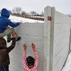 Falak mögé zárt romák Szlovákiában