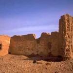 A Narobanchin Khiid kolostor romjai; itt működött az előző Diluv, amíg a kommunisták véget nem vetettek a buddhista kultúra mongóliai virágzásának