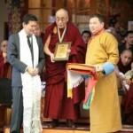 A Rinpocse Kirszán Iljumzsinov kalmük elnökkel és a Dalai Lámával