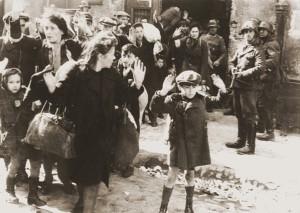 A holokauszt szót a középiskolai történelmi atlasz nem ismeri
