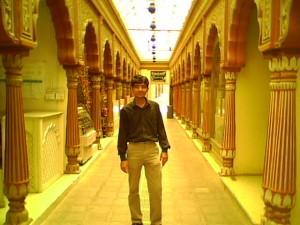 A verset a Dalit.hu olvasói számára Pardeep Attri küldte Benáreszből (India).