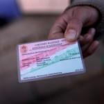 Van is lakcímkártya meg nincs is: segélyre, szavazásra nem jogosít.