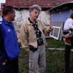 Derdák Tibor, a buddhista gimnázium vezetője és a lakcímnélküliek.