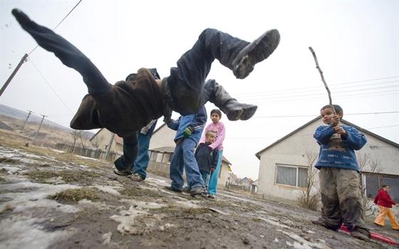 Fiatalok Sajókazán: segítség helyett akadályozni próbálják az iskola működését